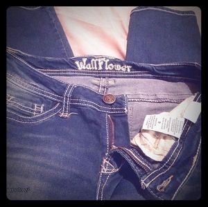 Wallflower women's jeans